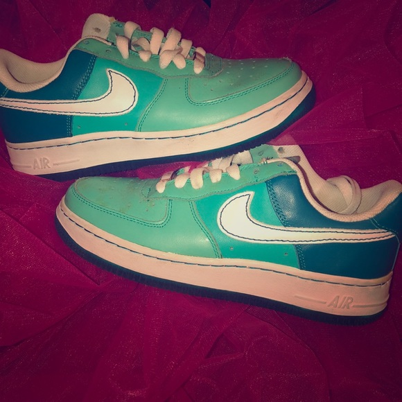 check out edf48 a4d12 Women s Air Force 1  07 - Tropical Teal 6.5. Nike.  M 5ca839f69ed36dc3546f46f9. M 5ca839ffffc2d41801d708cf.  M 5ca83a05c953d82eb9666bed
